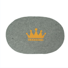 Store More Modern Design Crown Logo Grey Elliptic Felt Table Mat
