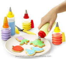 Hot Sale DIY 100% Food Grade Plastic Cake Decorating Icing Squeeze Bottle
