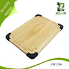 Rubber wood cutting board with round silicon corner