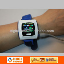 2014 hot Selling Wrist Digital pulse oximeter with clock or bluetooth