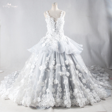 RSW959 Luxury Decorative Flowers Floral For Long Tail White And Silver Backless Alibaba Lace Wedding Dresses 2016