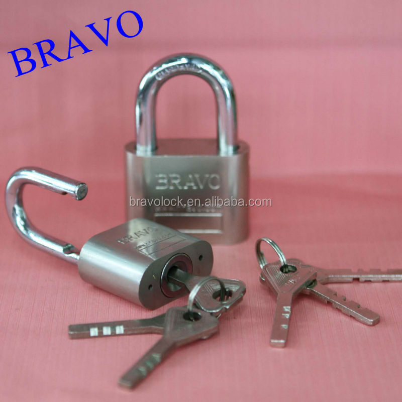 Big Circle BRAVO Heavy Duty Padlock with Vane Key