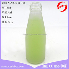 High quality 473ml 16oz beverage packing glass juice bottle with screw cap wholesale