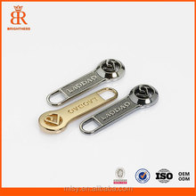Simple metal embossed zipper slider and puller mold with logo