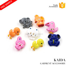 KAIDA wholsale cute animal shape cartoon safe plastic shank button for children sweater