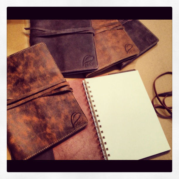 LEATHER NOTEBOOK WITH BLANK FILLER