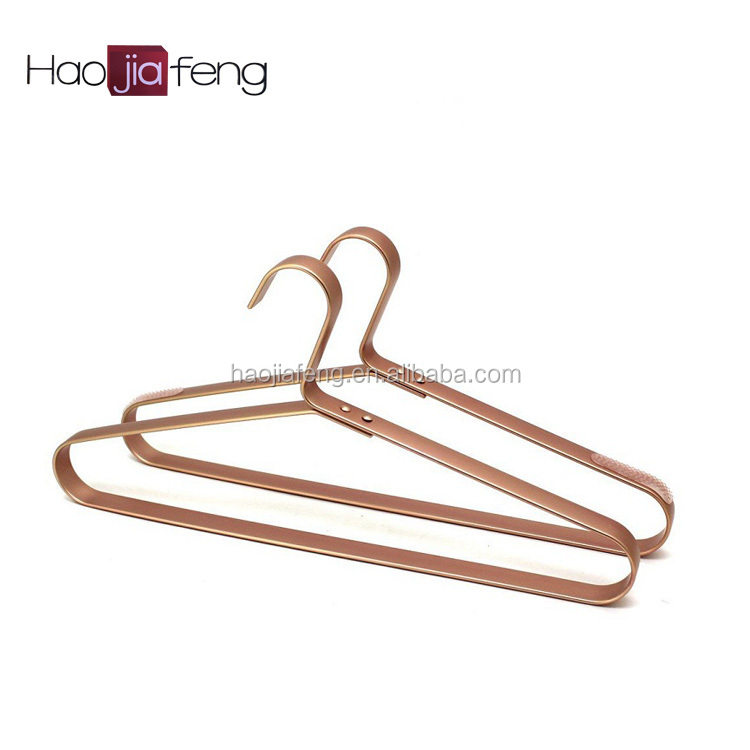 HJF-SC1 ISO9001A Grade Wholesale Top Aluminum Clothes Hanger for Man Garment Furniture Hanger with Bar
