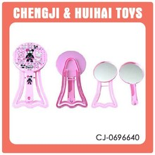 Novelty plastic table handheld makeup mirror with comb set for sale