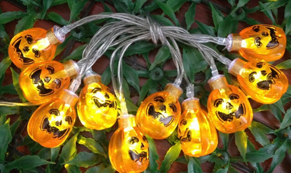 Halloween lights of Skull head string lights for Halloween