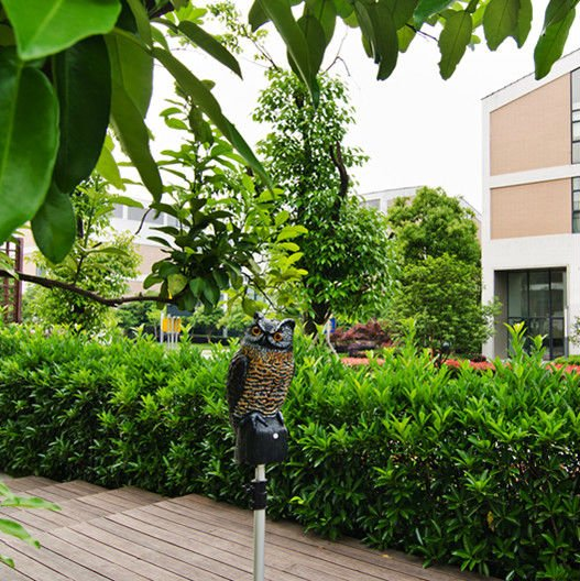Yard Solar Bird Repeller Plastic Electronic Scarecrow Owl for Garden