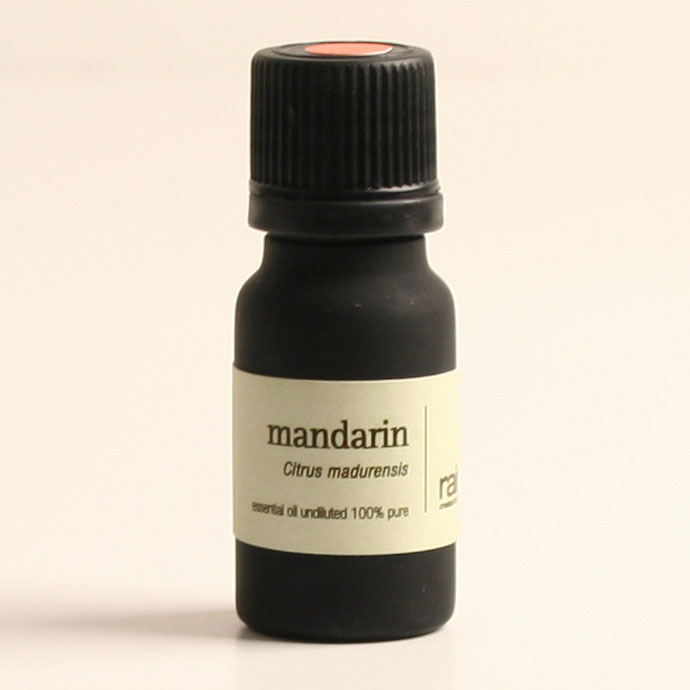The Natural pure essential oil for face beauty Mandarin Essential Oil with 100% pure natural fruit oil --826011