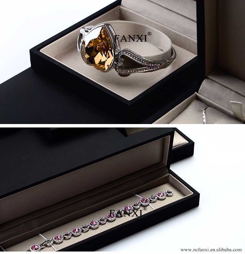 FANXI Wholesale Chirstmas High Quality Black Leatherette Paper Jewellery packaging Boxes with silk insert Paper Jewelry Box