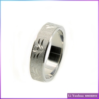 Customized Stainless Steel Cheap Engraved Woman Carved Ring