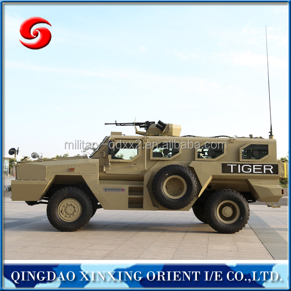 Professional armoured vehicle 4 wheel drive military vehicle for military vehicle