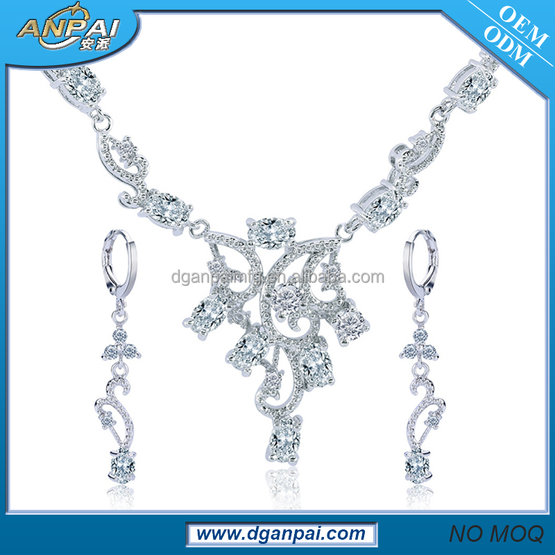 Latest design nigerian party beads necklace earring set uncut diamond necklace sets