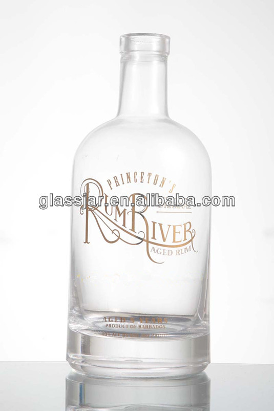750ML high flint rum glass bottle with gold printing