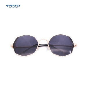 Factory direct oversized popular metal sunglasses fashion custom kids sport polarized boys sunglasses
