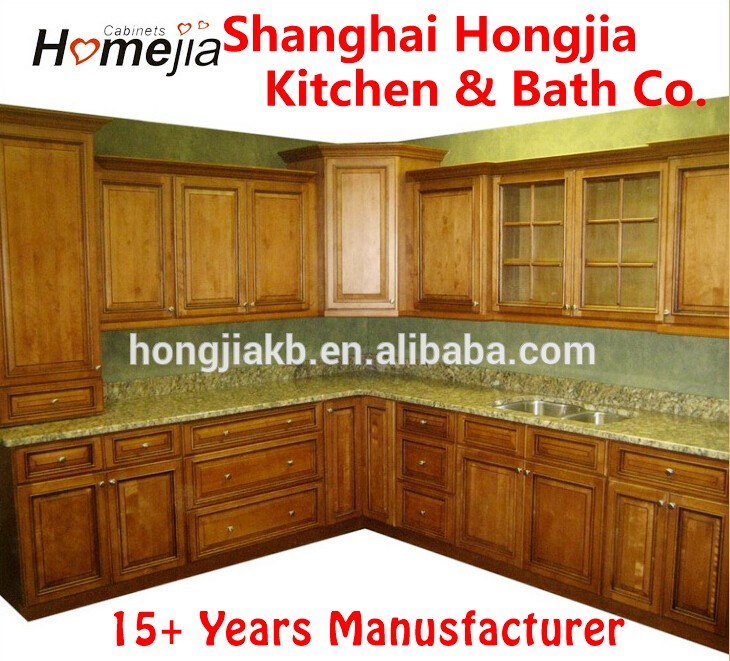 Maple Glazed Kitchen Cabinet