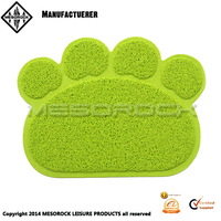 New style wholesale PVC paw shaped pet feeding mat for indoor and outdoor