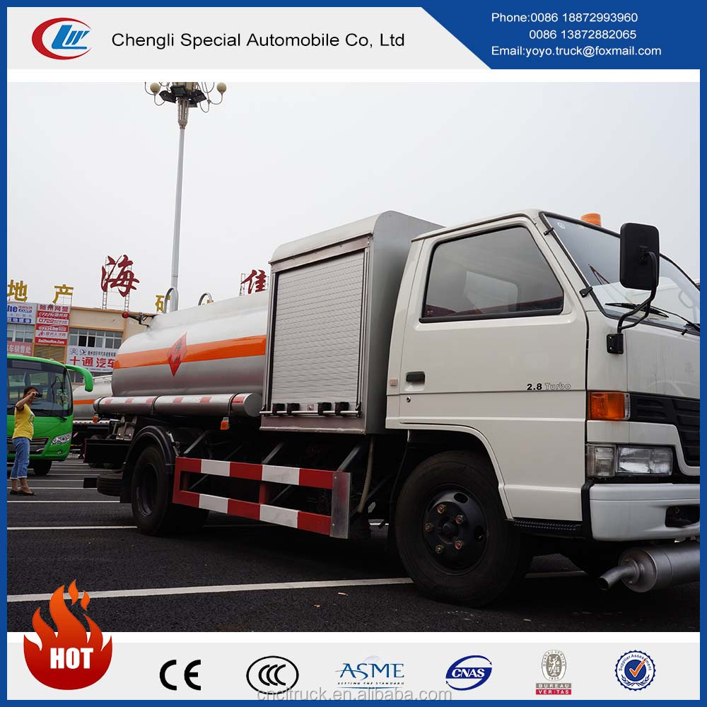 Gasoline gas delivery truck JMC 3200L oil transport vehicle aviation fuel tank truck for sale