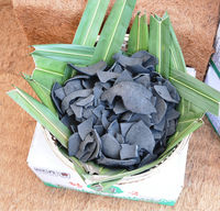 Coconut shell charcoal for briquette