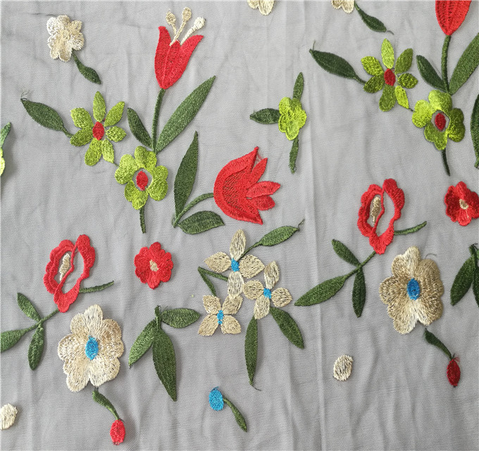 New Design Fashion eco-friendly tulip embroidered chemical lace fabric