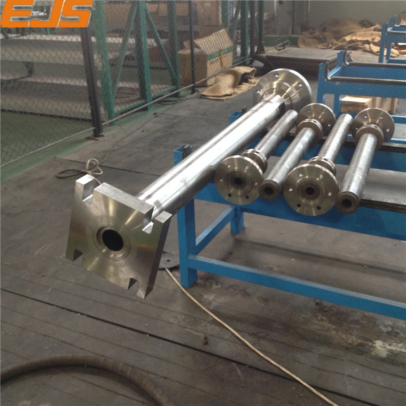 pvc cling film extruder machine screw barrel and Plastic Extruder Machine Spare Parts