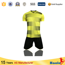 Hot cheap soccer uniform set for men and kids