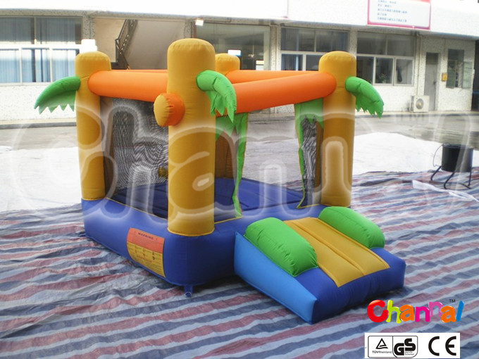 backyard jungle theme inflatable jumping castle for toddlers