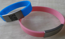 innovative attractive silicone id wristband with scannable qr code