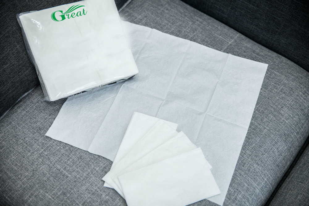 Compressed tissue paper dinner napkin nice embossed 1/8 fold