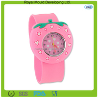 Sweet custom stawberry shaped silicone watch /kids slap watch