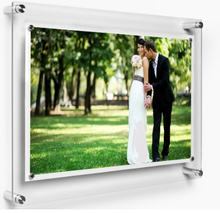 Acrylic photo frames 5x7 inch wall mounted picture frames