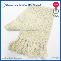 New Fashion 50% Wool 50% Acrylic Ladies Hand Knitted Cable Scarf Muffler With Fringes