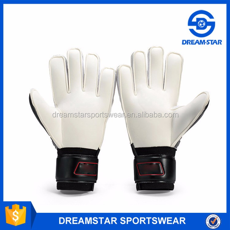 Black And White Goalkeeper Gloves Made In China