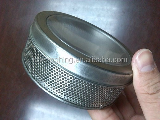Mesh round tin with PVC window on lid