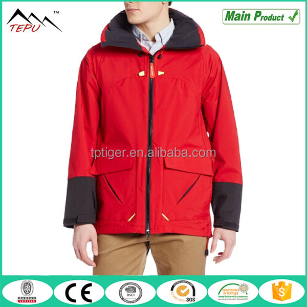 2015 Fashionable New Design Windproof Mountain Wear Red Men Jacket