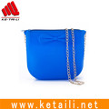 2017 fashionable luxury style colorful ladies silicone rubber shoulder bag with metal chains