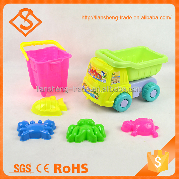 Funny colorful 6 pcs plastic sand beach set with castle bucket