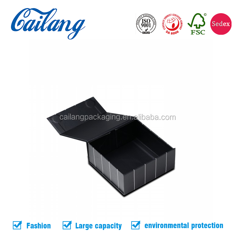 Alibaba China New Products Low Price Offset Printed Folding/collapsible Black/White Cardboard Packaging Box with Magnet closure