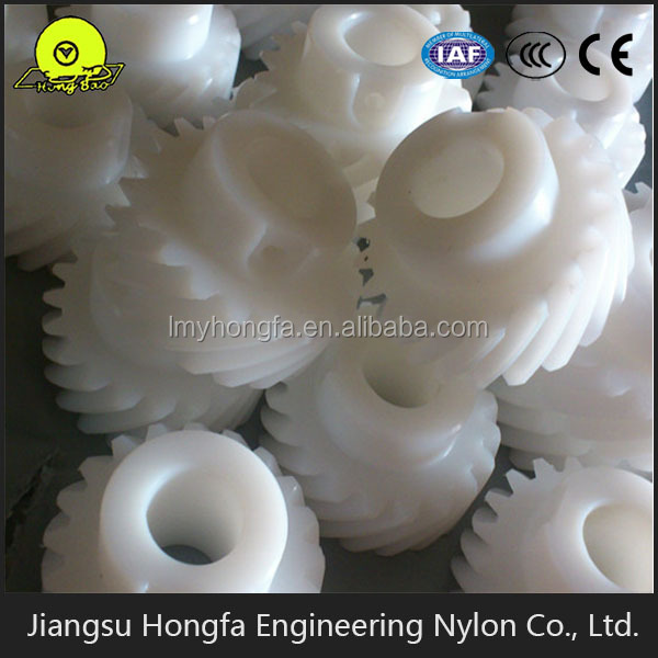 Automotive Injection Molded Plastic Parts , Plastic Nylon Gear Wheel Moulding
