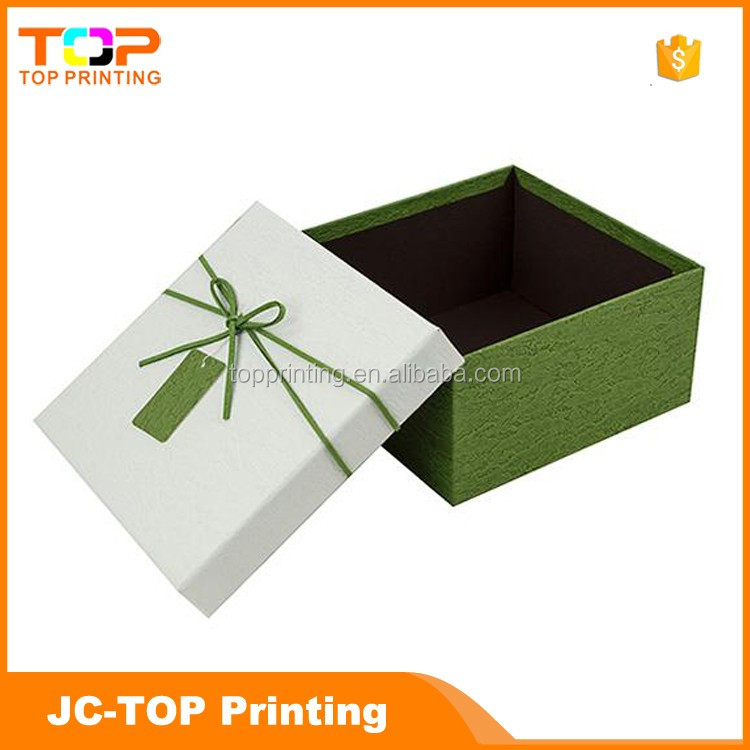 Wholesale custom luxury gift packaging box wedding printed heart shaped paper cardboard paper gift box with lid