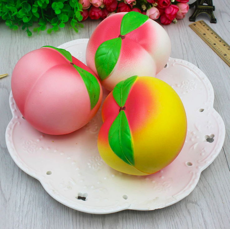2017 New Colossal 10CM High Quality Jumbo Peach Squishy Slow Rising Toy