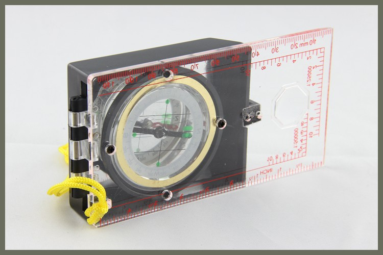 Manufacturered Cheap Price Plastic Magnetism Compass