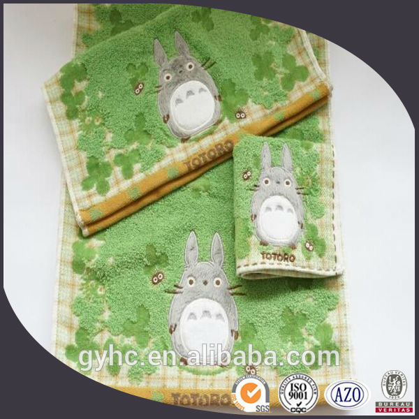 Hot Sale 100 cotton embroidery zero twist totoro face towels