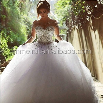 Arabic Vestido De Novia Scoop Robe De Mariage Crystal and Pearls Beaded Long Sleeve Ball Gown Wedding Dresses