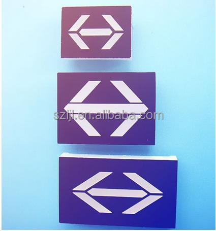 LED Arrow Display Flashing Various Colors (CE & RoHS Approved)