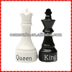 Creative Cool Design King And Queen Pepper And Salt Shaker