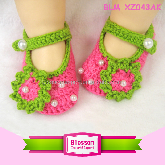 Hot sales green sweet handmade wholesale newborn baby shoes