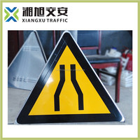 China alibaba supply traffic sign board, pedestrian safety reflectors, triangle reflector